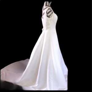 Essence Collection Wedding Dress Size 7 NWT